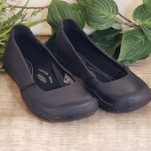 Keen women's size 6.5 leather shoes